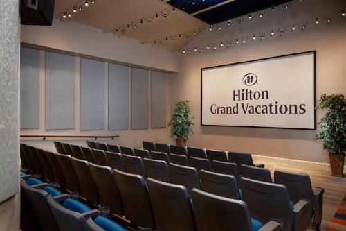 Hilton Grand Vacations at SeaWorld photo 34