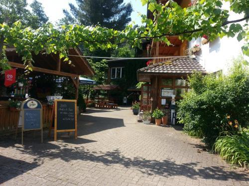 . Landgasthof Linkenmühle