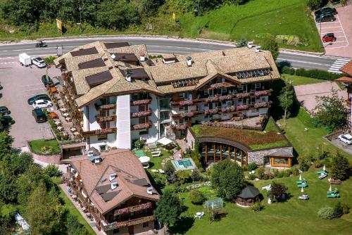 Hotel Gran Paradis Campitello di Fassa