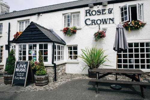 Rose And Crown (Bed & Breakfast)