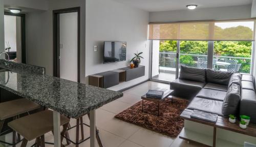 . Comfortable 2 bedroom modern apartment