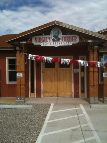 Virgil's Corner B & B - Accommodation - Tombstone