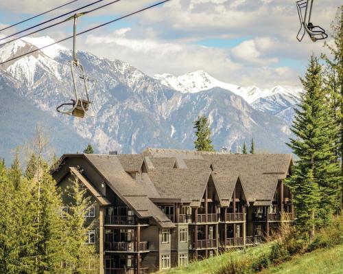 Palliser Lodge Bellstar Hotels Resorts Golden British Columbia