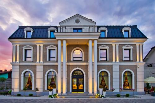 . Hotel Mansor