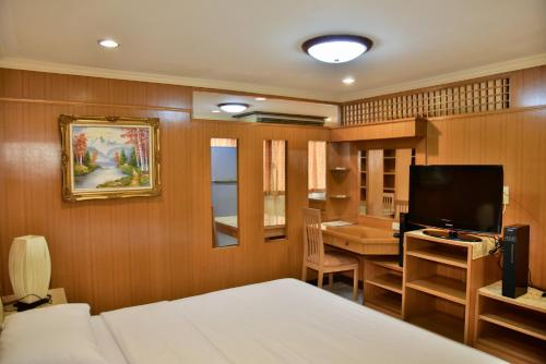The Kaze 34 Hotel and Serviced Residence photo 25