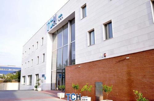. TCH Hotel
