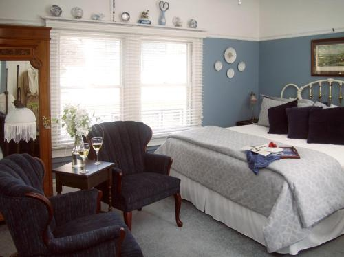 Beazley House Bed And Breakfast Inn