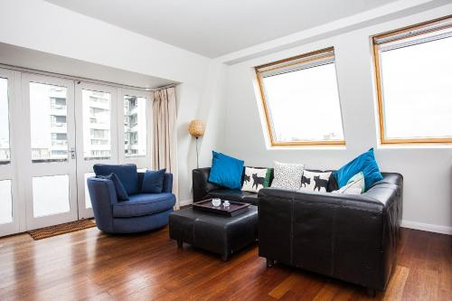 Spacious Top Floor Flat With Stunning Roof Terrace