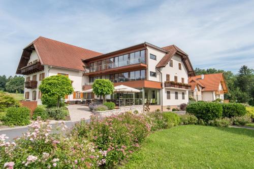 . Hotel-Restaurant Gruber