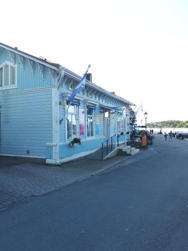 . Sininen Talo