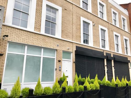 Harrow Apartments