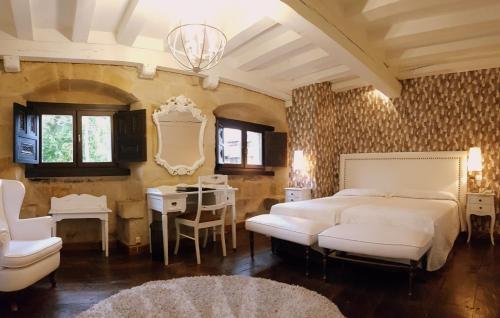 Habitación Triple Hotel Casa del Marqués 7