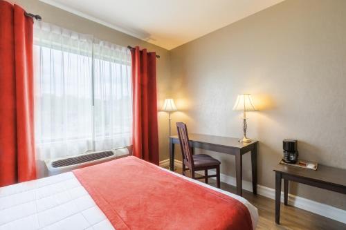 Hotel Ambassadeur Et Suites - Photo 8 of 30