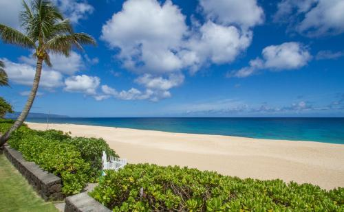 Pipe Beach House - Haleiwa, HI 96712
