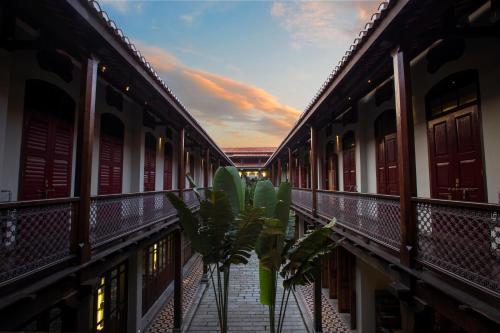 Stewart Lane, 10200 George Town, Malaysia.