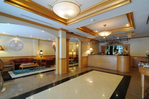 Admiral Suites Bangkok by Compass Hospitality photo 12