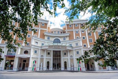 . Rome Palace Deluxe - All Inclusive