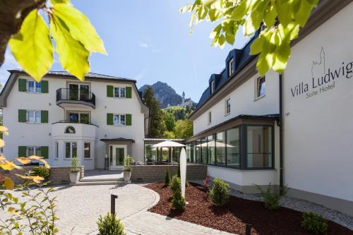 . Villa Ludwig Suite Hotel / Chalet