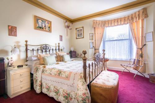 Creston Villa Guest House