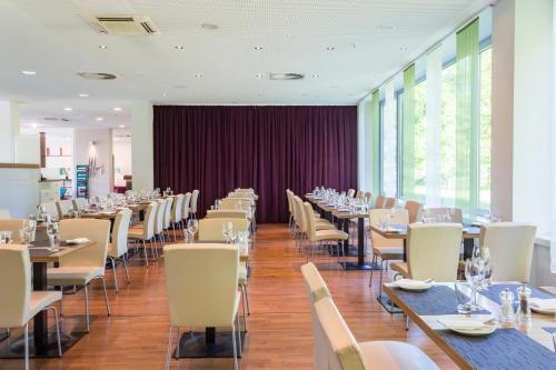 Park Inn by Radisson Frankfurt Airport photo 15
