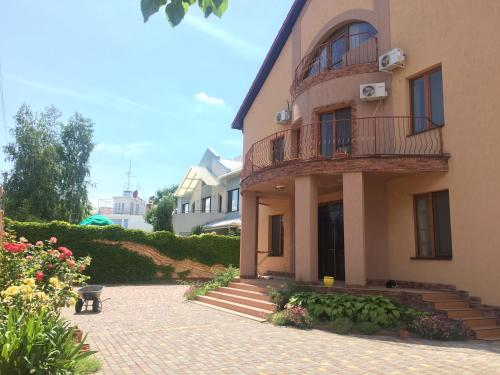 Lyashenko Guest House