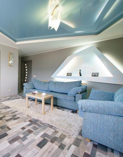 . PaulMarie Apartments on Voinov Internatsionalistov
