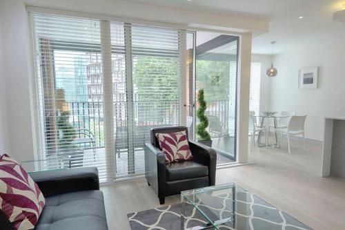 Roomspace Serviced Apartments -La Roka