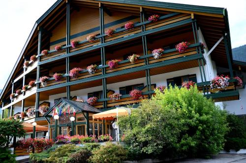 Hotel Brandl - San Candido