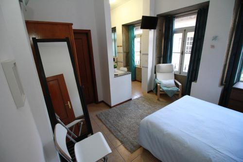 Lima Apartments - Photo 3 of 20