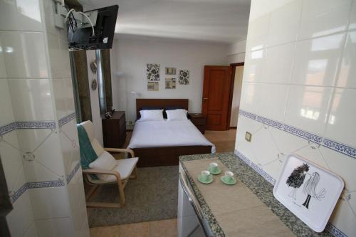 Lima Apartments - Photo 2 of 20