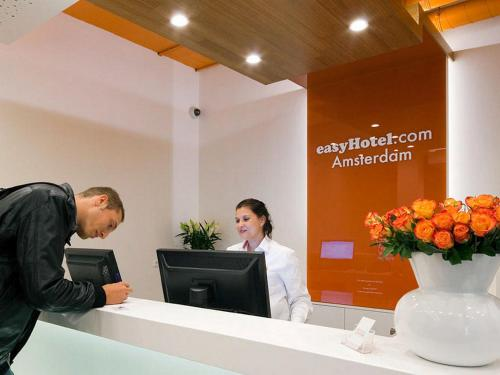 easyHotel Amsterdam City Centre South photo 75