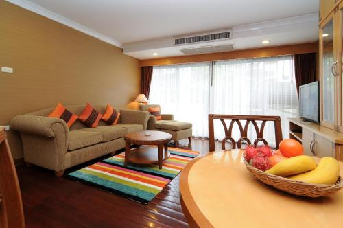 Admiral Suites Bangkok by Compass Hospitality photo 26