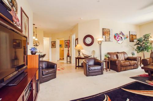 Vista Apartment Three Bedroom Apartment 7h6 - Orlando, FL 32819