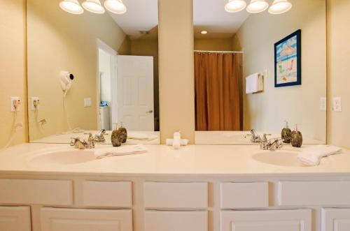 Vista Apartment Three Bedroom Townhome Dfd - Orlando, FL 32819
