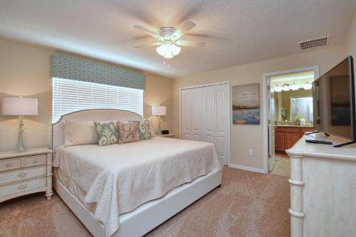 Paradise Palms Four Bedroom House 610 - Kissimmee, FL 34747