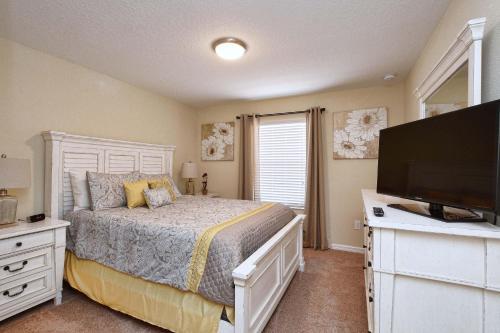 Paradise Palms Four Bedroom House 616 - Kissimmee, FL 34747