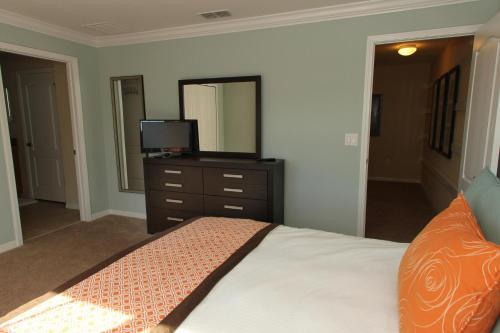 Paradise Palms Four Bedroom House 4043 - Kissimmee, FL 34747