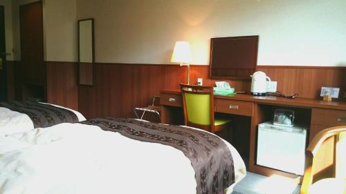 Nezame Hotel image