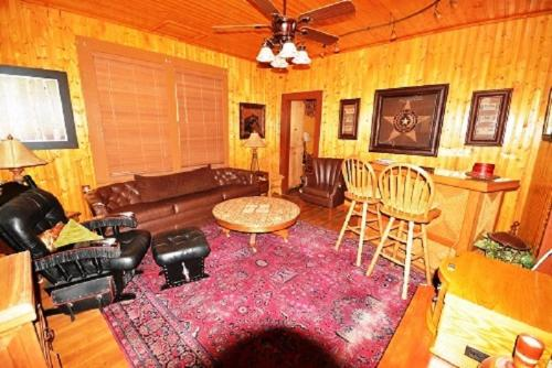 Four Miles - Two Bedroom - Ruidoso, NM 88345