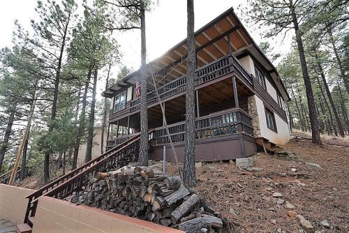 Rustling Pines   Five Bedroom