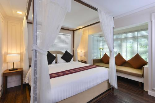 Siam Champs Elyseesi Unique Hotel impression