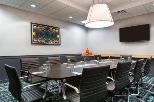 Embassy Suites Hotel Orlando-Airport - Orlando, FL 32822
