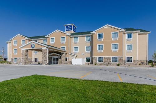 . Cobblestone Hotel & Suites - McCook