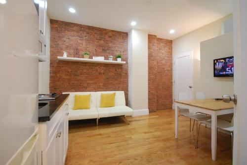 Broadway Suite New York