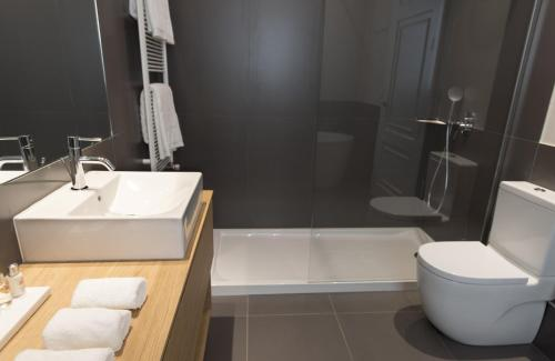 Casagrand Luxury Suites photo 23