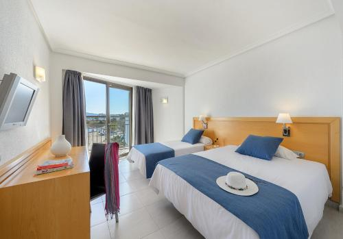 Special Offer - Twin Room with Sea View (3 Adults)