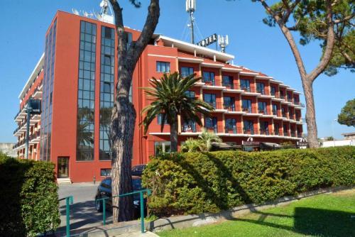 . Park Hotel