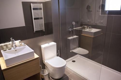 Casagrand Luxury Suites photo 24