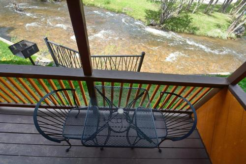 Murphy's River Lodge - Estes Park, CO 80517