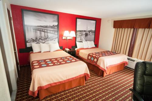 Super 8 By Wyndham Old Saybrook - Old Saybrook, CT 06475